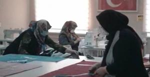Bursa'da üreten kadının gücüyle şiddete 'dur' denilebileceği vurgulandı