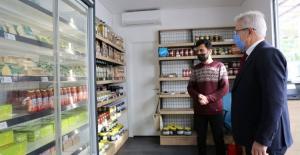 Nilüfer Bostan'da sağlıklı gıdalar halkla buluşuyor