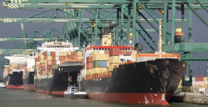 Reeskont Kredisi ile ihracatçılar rahat nefes alacak!