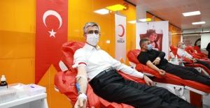 Türkiye, Kızılay'ın çağrısına cevap verdi