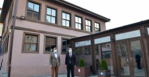 Bursa İncirli Kültür Merkezi gün sayıyor
