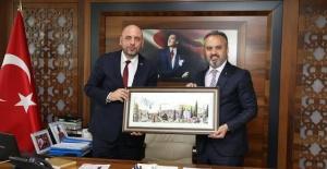 bOrhangazi Belediye Başkanı Bekir.../b