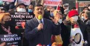 Selçuk Türkoğlu: Vatandaşın gerçek gündeminin 'mutfak yangını' olduğunu biliyoruz