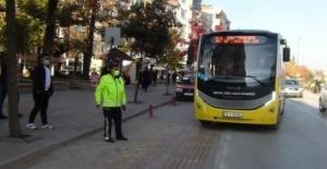 Bursa'da 65 yaş üstüne toplu ulaşım serbest oluyor!