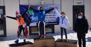 Kayak Şampiyonasında 4 Birincilik Elde Ettik