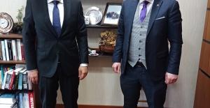 Gazeteci Necmi İnce Ankara'da Mustafa Yeneroğlu'nu ziyaret etti